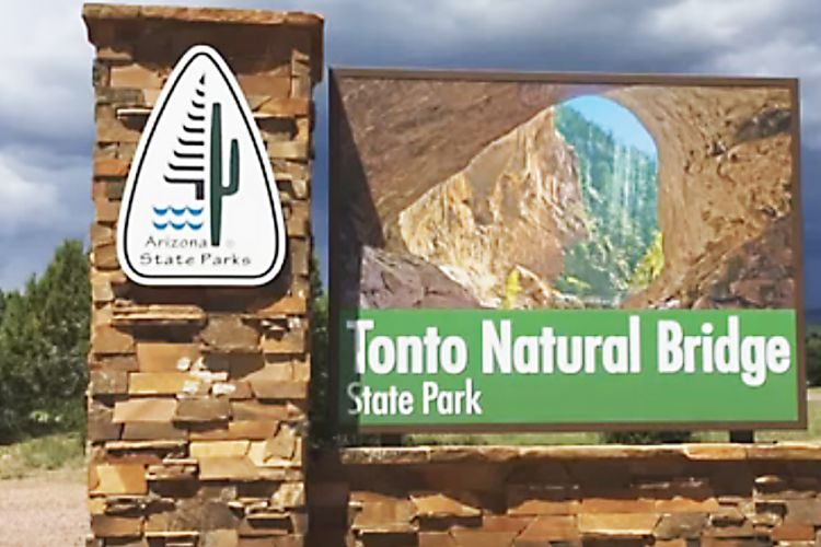 Entrance sign for the Tonto Natural Bridge State Park
